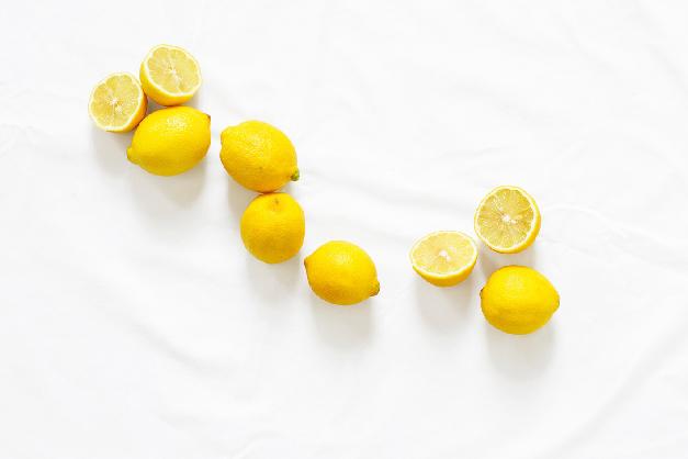 cellulite-bekämpfen-zitronen
