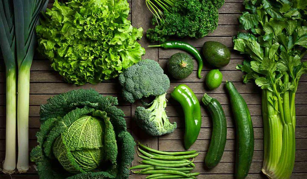 vegan-kochen-dunkelgrünes-blattgemüse-1024x598