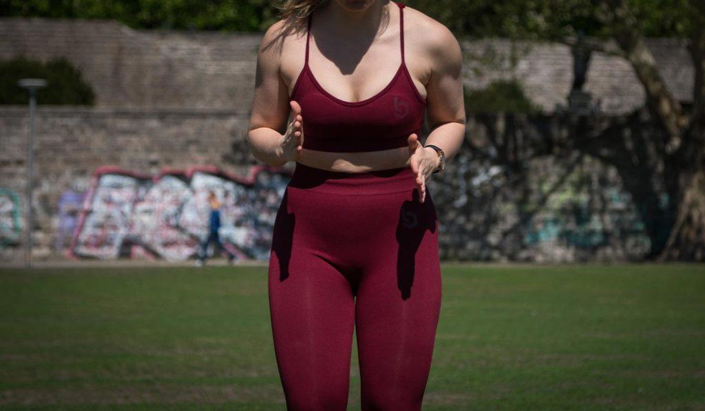vegan-werden-sportlerin-mehr-calcium-1024x598