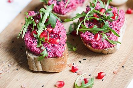 vegane-aufstriche-rote-beete