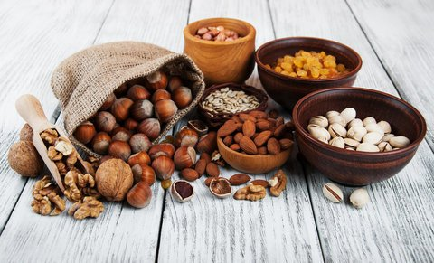 veganer-ernährungsplan-nüsse
