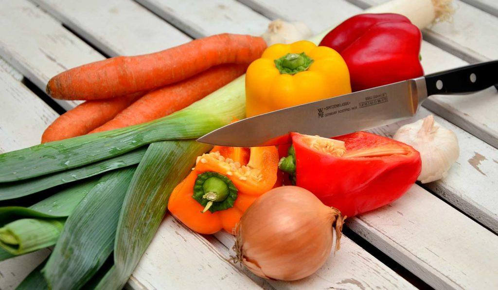 vegan-abnehmen-worauf-achten-mealprepping-1024x598