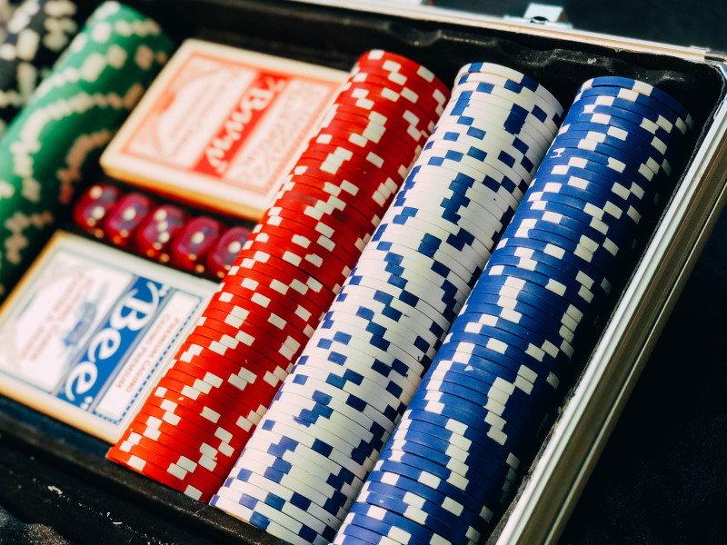 Was sollte ein online Casino mindestens bieten
